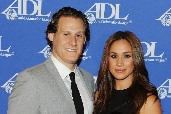 O produtor Trevor Engelson e a atriz Meghan Markle quando ainda eram casados (Foto: Getty Images)