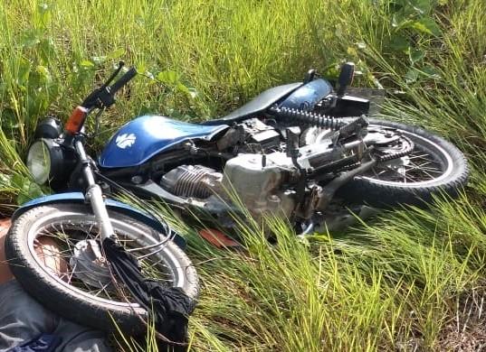 Dois corpos com marcas de tiros são encontrados às margens de rodovia em Caroebe