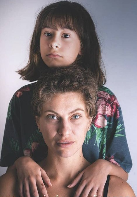 Lana Rhodes e a filha, Manuela  (Foto: Reprodução)