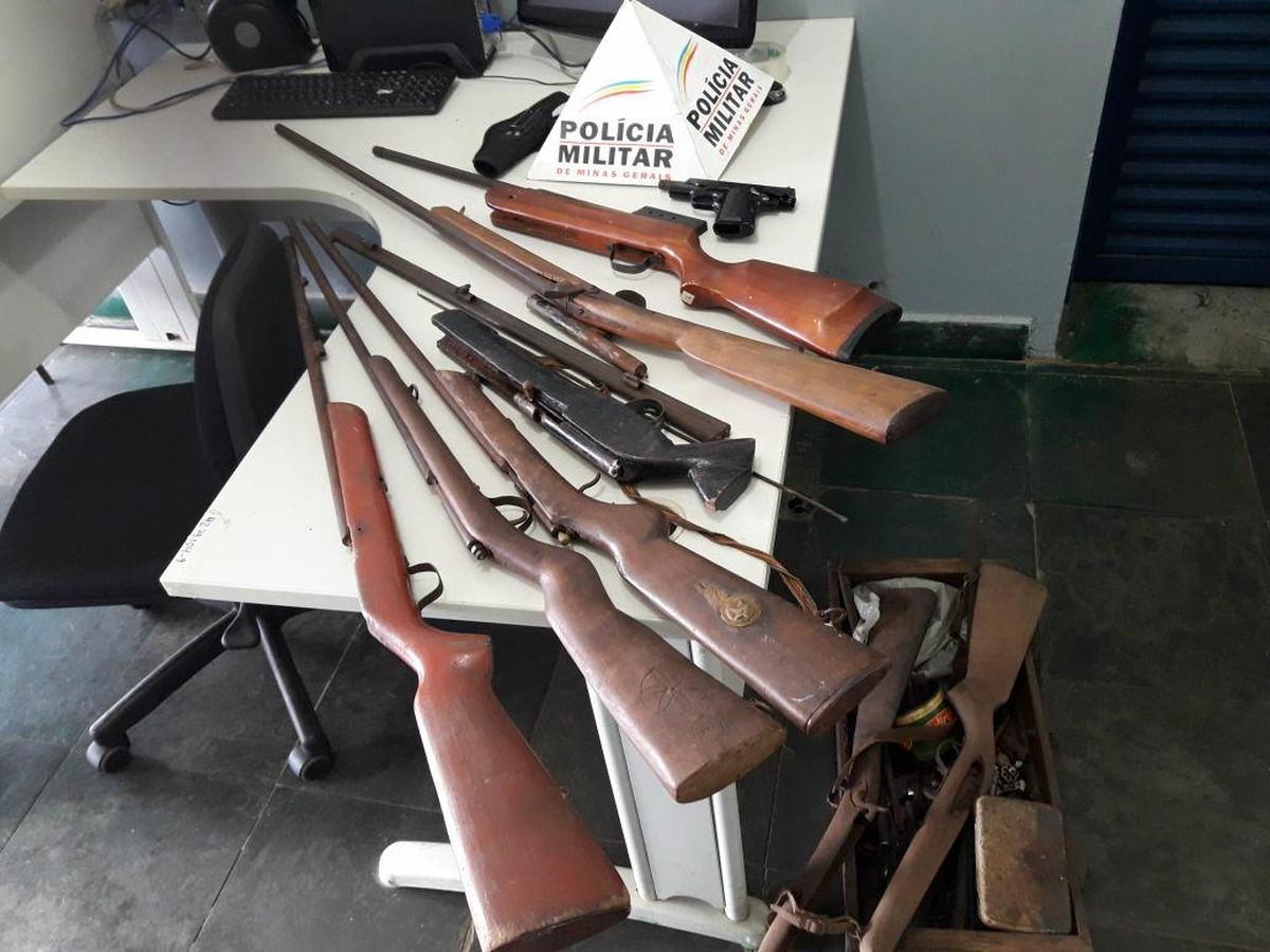 Jovens são presos com armas de fogo após denúncia em São Gotardo