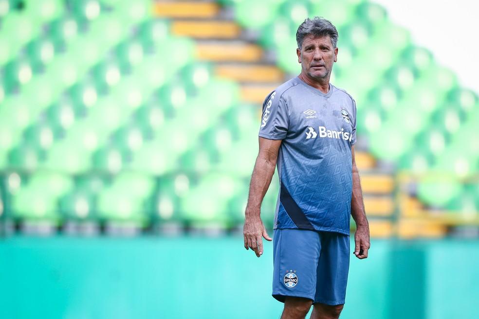 Renato voltará ao dia a dia do clube — Foto: Lucas Uebel/Grêmio