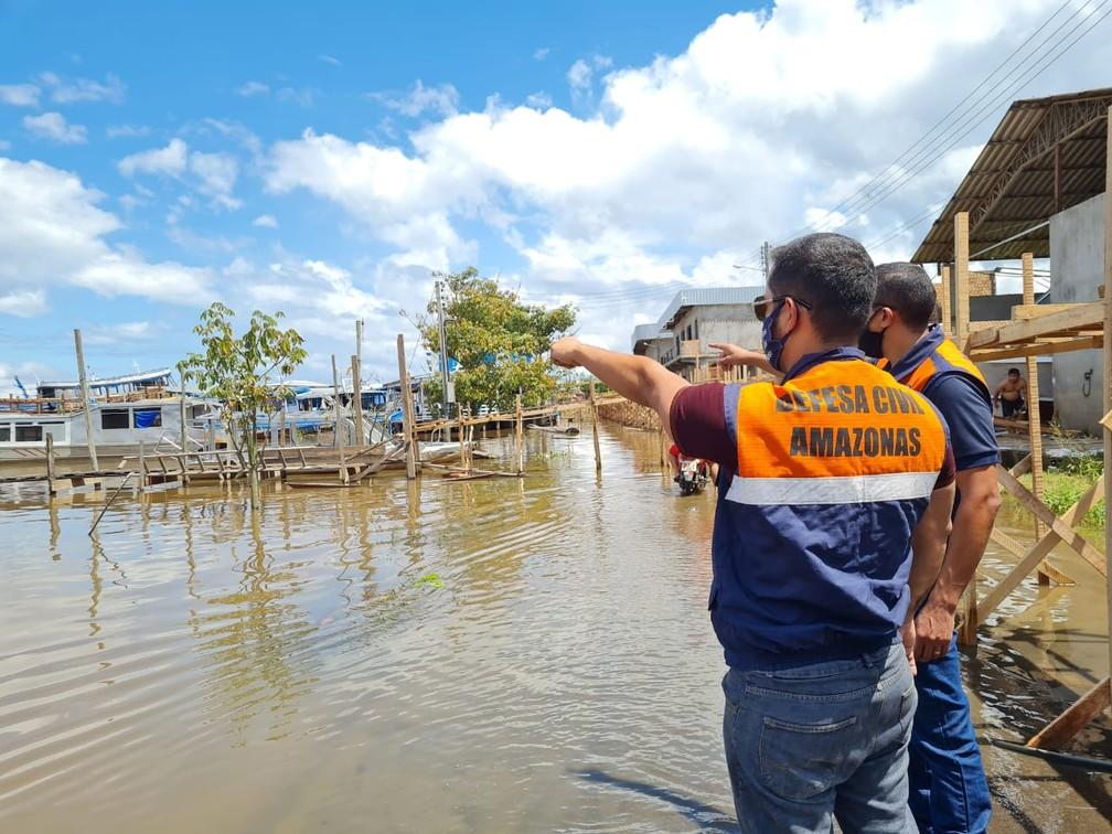 Cheia alaga cidade de Manacapuru — Foto: Defesa Civil do Amazonas