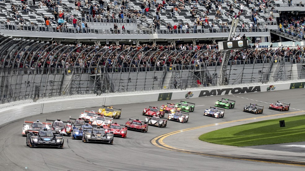 Largada das 24 Horas de Daytona (Foto: Brian Cleary/Getty Images)