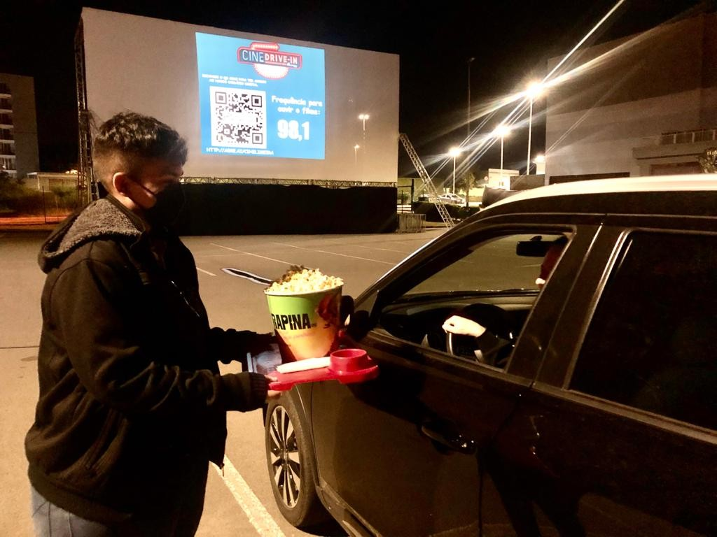Sessão do Cine Drive-in para arrecadar alimentos a instituição acontece na quarta em Limeira