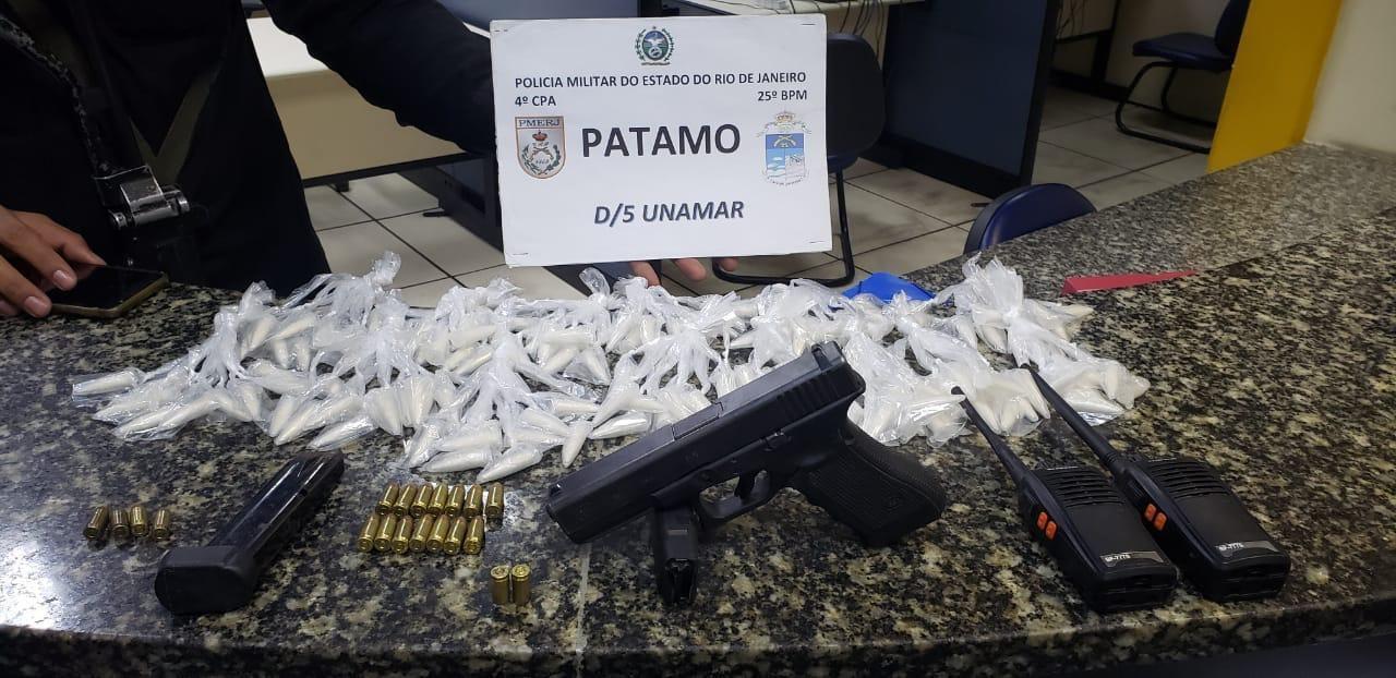 Suspeito de tráfico de drogas morre após troca de tiros com polícia em Cabo Frio, no RJ