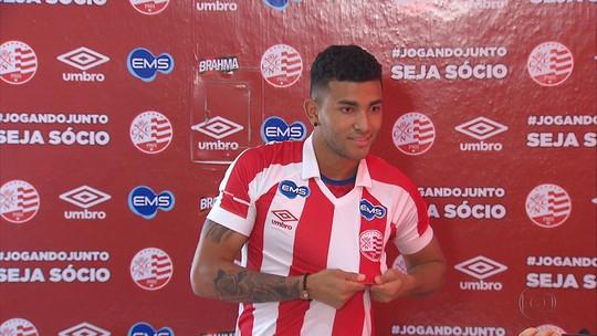 Revelado na base do Palmeiras, lateral-esquerdo Mateus Muller é anunciado como reforço do River