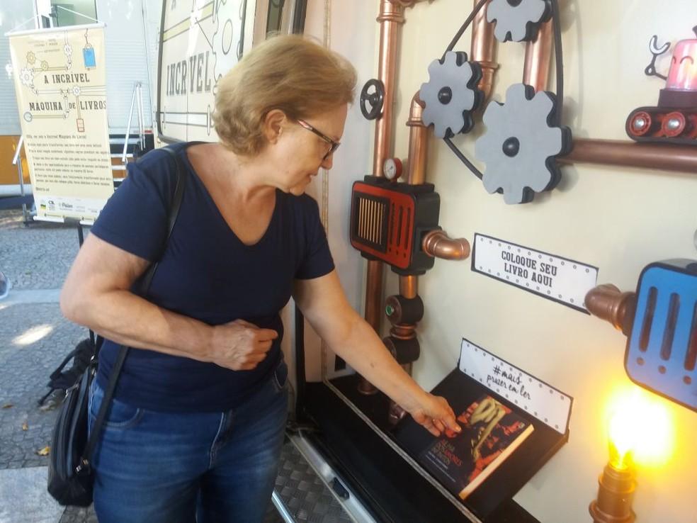 Público pode trocar livros novos ou usados por outros exemplares.  — Foto: Ricardo Martins/Divulgação.