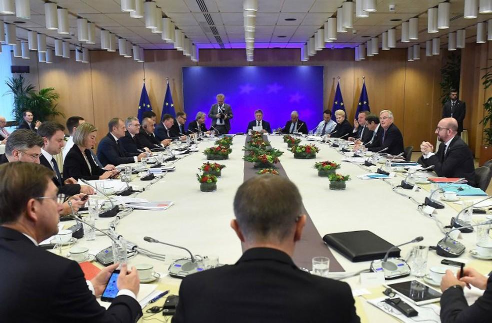 Líderes da União Europeia se encontraram nesta sexta-feira (15) em Bruxelas, na Bélgica (Foto: Emmanuel Dunand / AFP)