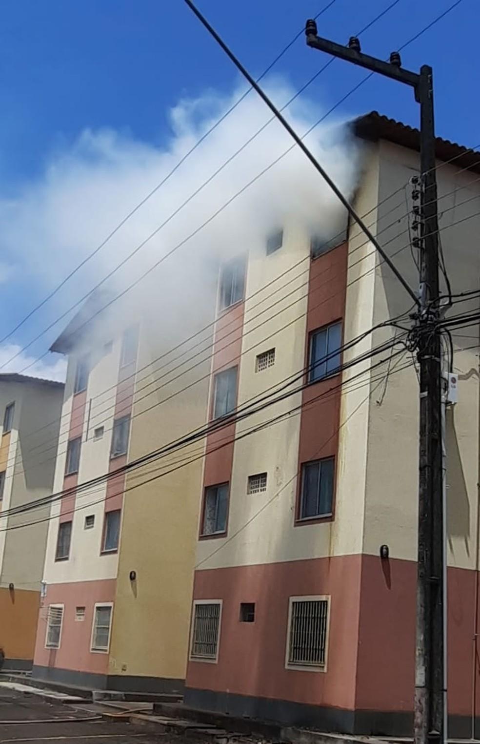 Apartamento é tomado por chamas em São Luís — Foto: Divulgação