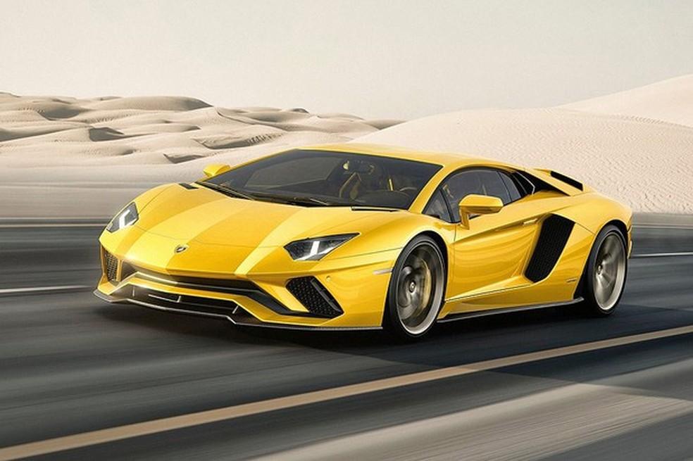 Lamborghini Aventador S sai a partir de R$ 4 milhões — Foto: Divulgação