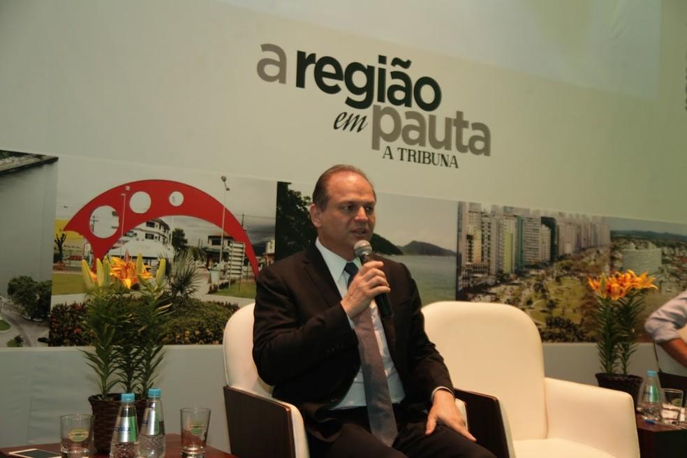 Ministro Ricardo Barros durante evento em Santos (SP) em dezembro (Foto: Raimundo Rosa/Prefeitura de Santos)