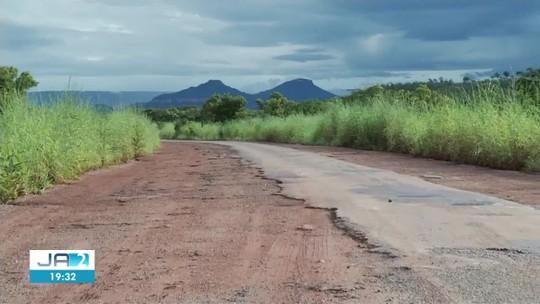 Situação de rodovia estadual no Tocantins revolta motoristas: 'tem buraco que dá pra criar peixe'