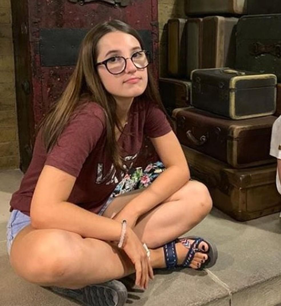 Isabele Guimarães Ramos, de 14 anos, morreu ao ser atingida por tiro na cabeça no condomínio Alphaville, em Cuiabá — Foto: Instagram/Reprodução