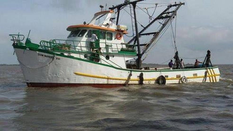 Barco Dom Manuel está desaparecido desde a última sexta-feira (Foto: Arquivo Pessoal)