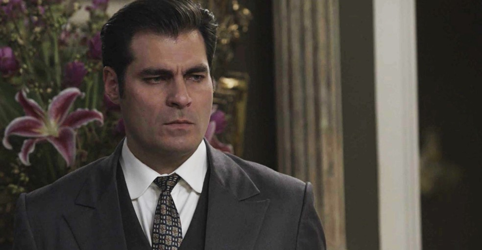 Darcy decide aceitar o casamento com Susana  (Foto: TV Globo)