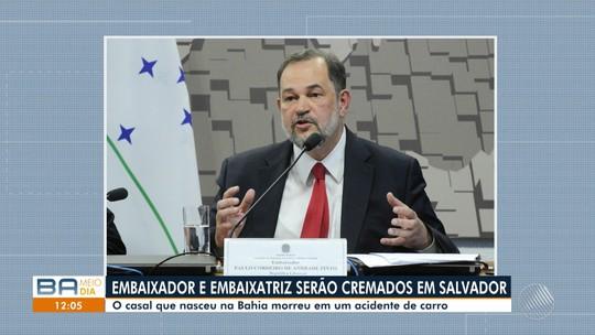 Corpos do embaixador e da embaixatriz do Brasil no Líbano vão ser cremados em Salvador