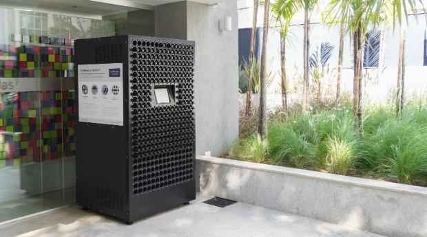 A Rentbrella tem 50 máquinas pela cidade de São Paulo (Foto: Divulgação)