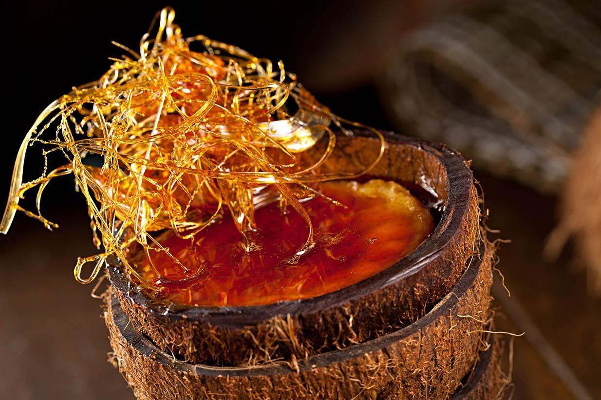 Inhame, coco fresco, fava de cumaru (de 2014)