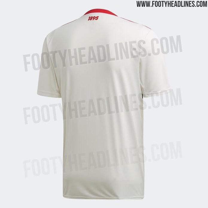 Ano de fundação do clube está estampado nas costas da camisa — Foto: Reprodução