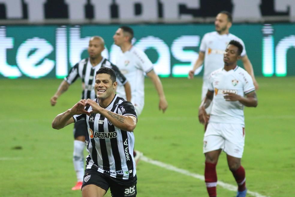 Hulk, do Atlético-MG, comemora o gol que selou a vitória sobre o Fluminense — Foto: Fernando Moreno/AGIF