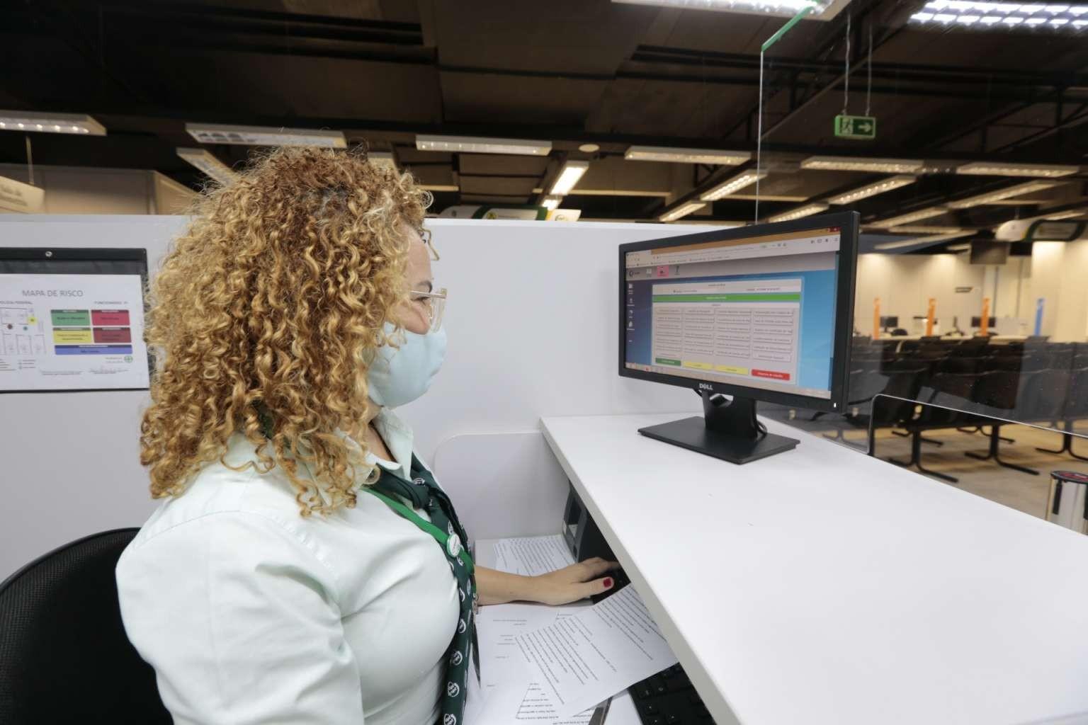 Vapt Vupts e Casas do Cidadão de Fortaleza, Sobral e Juazeiro do Norte auxiliam no cadastro para vacinação contra Covid-19