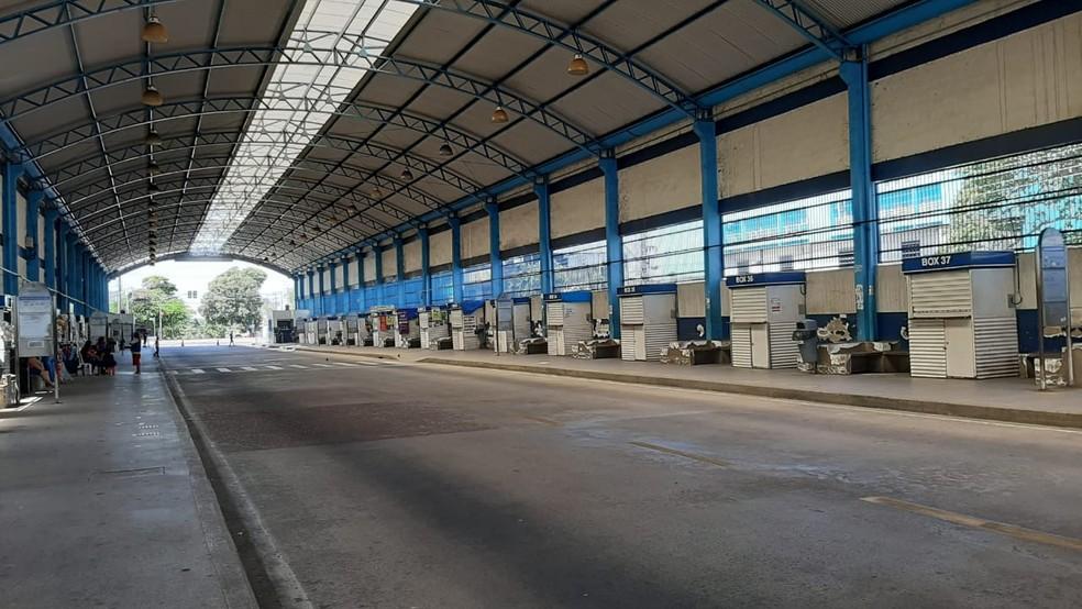Terminal de Integração fica vazio após ataques violentos em Manaus. — Foto: Rebeca Beatriz / G1 AM