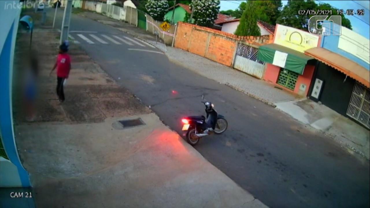 Vídeo mostra momento em que homem armado com faca ataca adolescente na região sul de Palmas