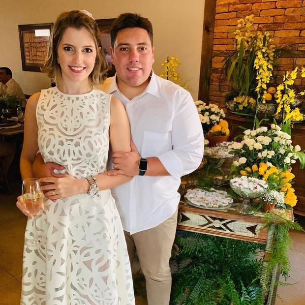Lucas do Valle e a mulher,  a médica Camila Ferrar, com quem casou em 2019 (Foto: Reprodução/Instagram)