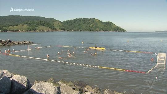 Competição de polo aquático agita o mar da Ponta da Praia