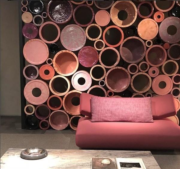 Parede geométrica: os círculos são destaque novamente na composição de Paola Lenti (Foto: Casa e Jardim)