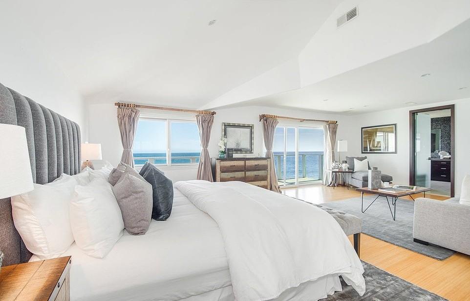 Jennifer Lopez compra casa de praia de ator em Malibu por R$ 24,5 milhões