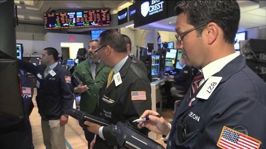 Facebook e Twitter têm perdas bilionárias no mercado financeiro