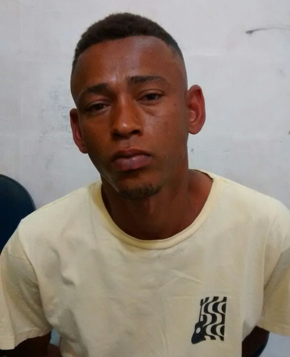 Polícia acredita que homem preso com celular de jovem que estuprou, tenha feito mais vítimas em Itaquaquecetuba (Foto: Polícia Militar/ Divulgação)