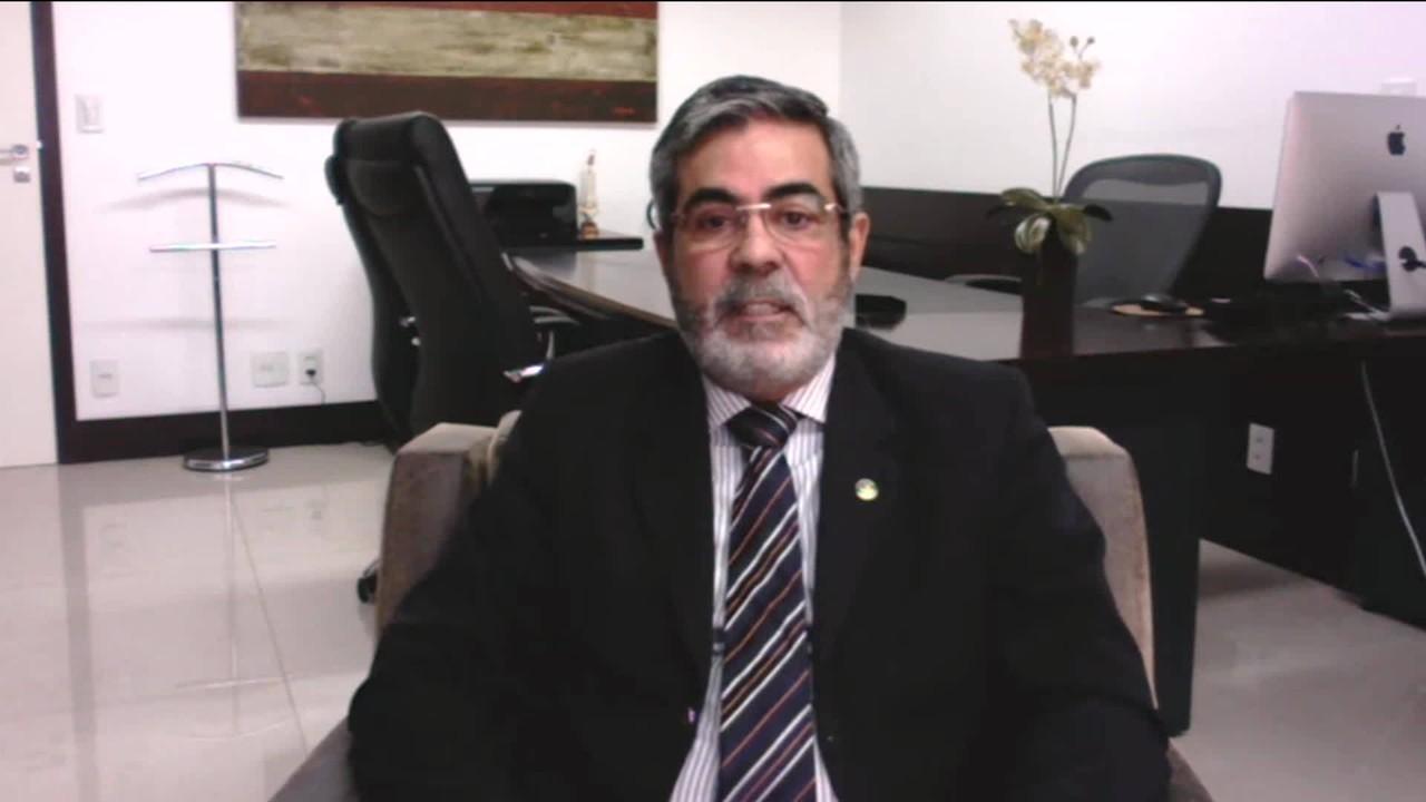'Completo fracasso da administração' diz Luiz Carlos Argolo sobre agências do INSS