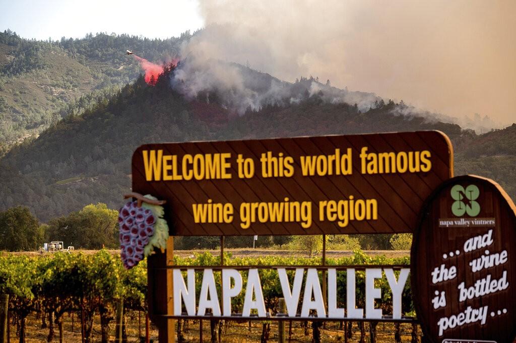 Hospital na Califórnia é esvaziado por causa de incêndio florestal