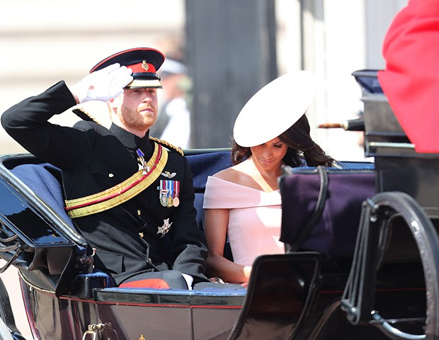 Príncipe Harry e Meghan Markle no Trooping The Colors (Foto: Chris Jackson / Getty Images)