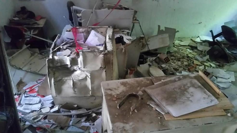 Ataque a banco em Araçariguama — Foto: GCM Assis/Facebook/Reprodução