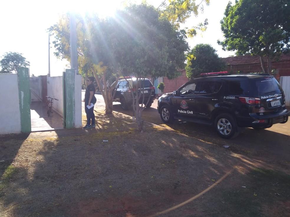 Polícia Civil cumpre mandados de prisão para coibir o tráfico de drogas próximo a escolas no Centro-Oeste Paulista — Foto: J. Serafim/Divulgação