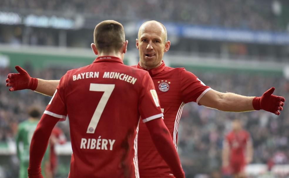 Robben e Ribéry: dupla está próxima do fim do ciclo no Bayern de Munique — Foto: Reuters