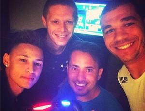 Videogame é a diversão dos  jogadores do Cruzeiro nos EUA