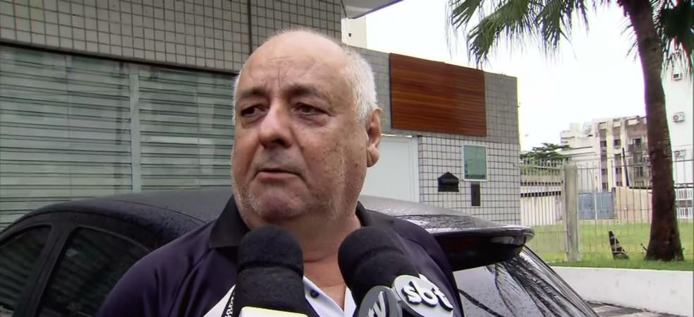 O pai da advogada Virginia Tavares Ferraz Ramos, Walter Antonio Ramos, presenciou o momento que a filha foi atingida por tiros durante uma tentativa de assalto em Guarujá — Foto: Reprodução/TV Tribuna