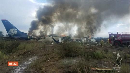 Avião com 103 pessoas sofre acidente em Durango, no México; todos sobrevivem
