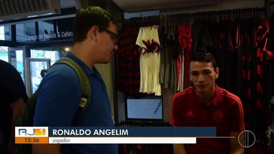 """Ronaldo Angelim pede tempo para Jesus e elogia Rodrigo Caio: """"Jogador muito importante"""""""