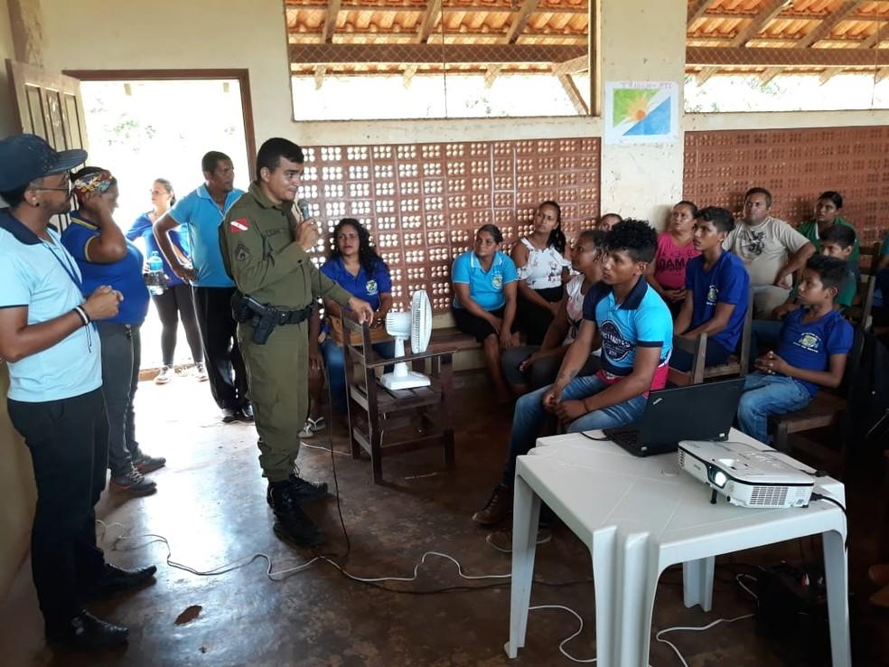 Palestras da Polícia Militar em escolas em Santarém e Mojuí dos Campos, em 2018 — Foto: Polícia Militar/Divulgação