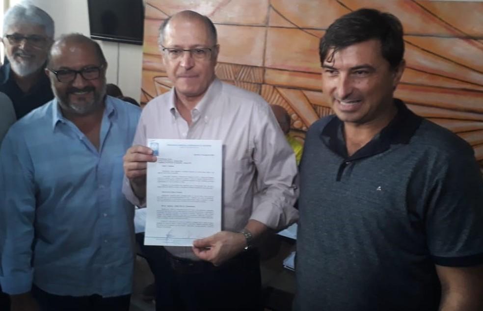 Geraldo Alckmin recebe demandas de produtores rurais e empresários de Santarém, no oeste do Pará (Foto: Geovane Brito/G1)