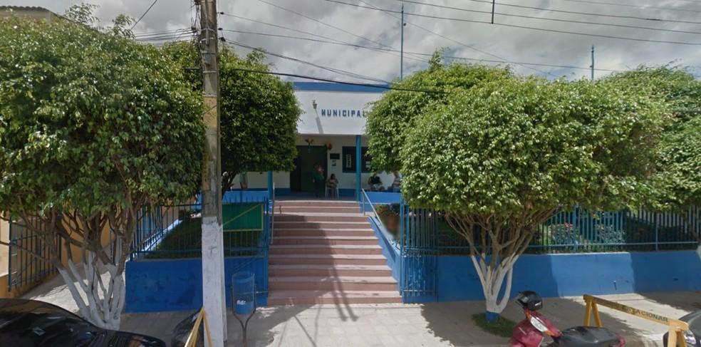 Prefeitura de Pombos fica na Rua Joaquim Falcão, no Centro da Cidade — Foto: Reprodução/Google Street View