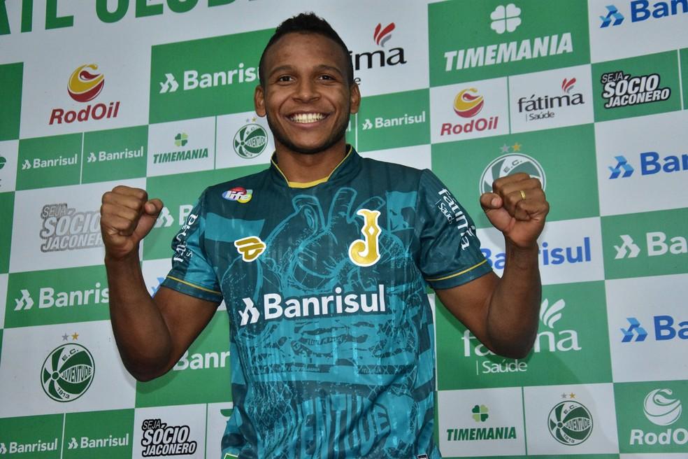 Gabriel Bispo conquistou o acesso pleo Juventude — Foto: Juventude / Divulgação