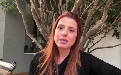 """#AcolhaUmaMãe: """"Minha filha precisou de uma neurocirurgia aos 4 meses"""", diz Erica Mantelli"""