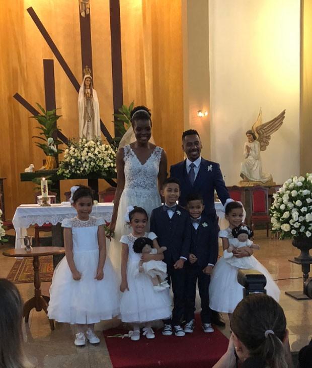 Fabiana Claudino e Vinícus de Paula se casam em SP (Foto: Reprodução)