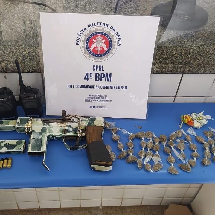 Homem é preso com metralhadora, drogas e rádios comunicadores na Bahia